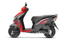 Honda Dio - red color