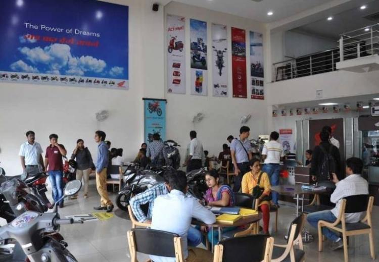 honda service centre  honda  wheeler showroom  pune bubhandari