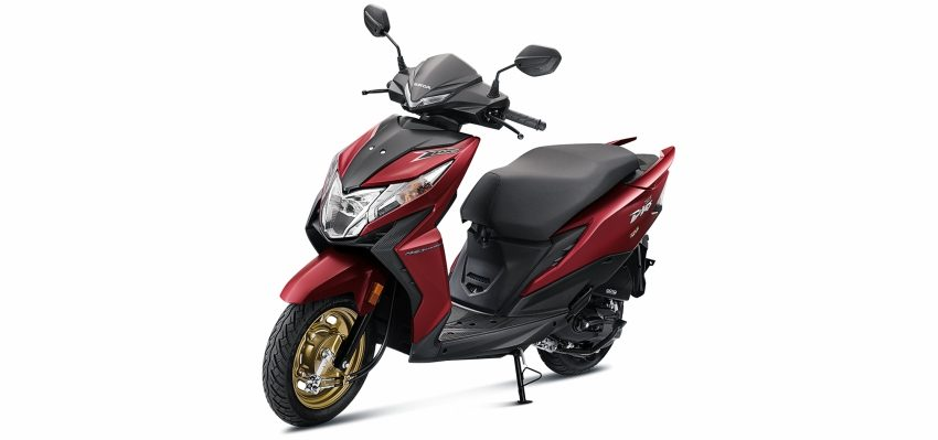 Honda (BS-VI) at pune showroom -Deluxe Red